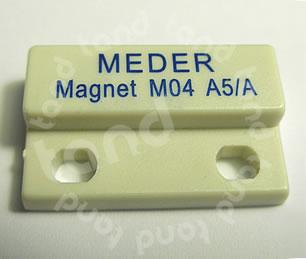 sif_mederM04_9905431101_pic1.jpg